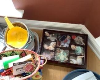 Drake dolls has shelf