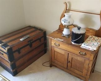 Dry sink and trunk