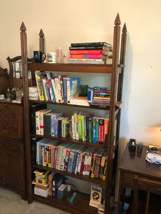 1 of 4 etagere