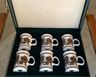 16 Gucci Mug Set