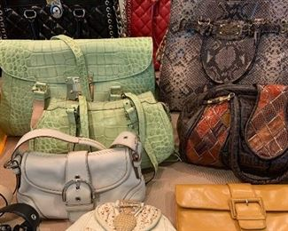 Designer Handbags (Michael Kors, Dooney & Bourke, Coach, etc)