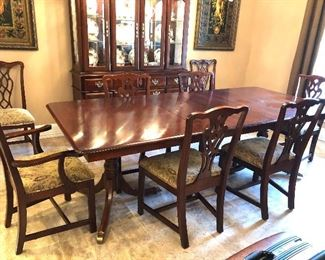 ETHAN ALLEN DINING TABLE/CHAIRS