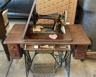 7 Antique Singer Sewing Machine