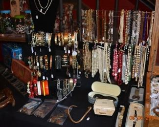 Vintage jewelry and foreign coins