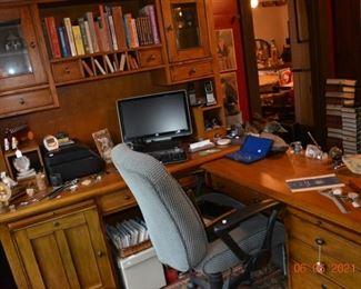Riverside Desk