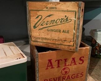 Vernors and Atlas beer crate