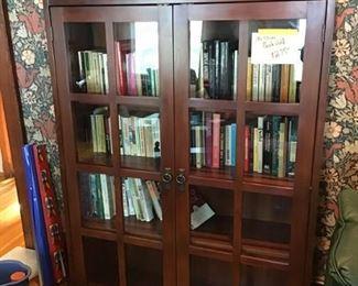Mission cabinet