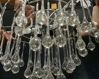 Chandelier w Crystal Tear Drop Ornaments