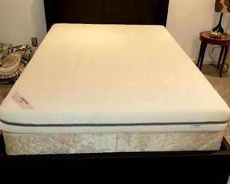 Queen bed complete has nice frame & headboard