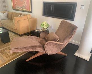 V. Kagan Chaise Lounge