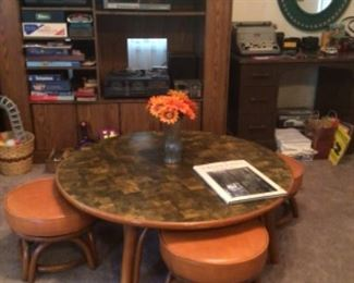 Vintage coffee table, MCM style with 4 cubby seats that swivel