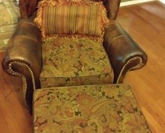 Hickory King Cow Hide Upholstery Leather Chair and Ottoman