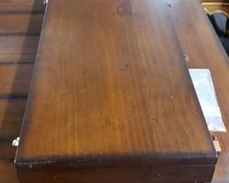 """Vintage Barn wood Style 6'W x 42""""W x 30.25""""H Dining Room Table with (2) 12"""" Leafs and 4 Padded Seat Side Chairs WAS $750 NOW $600"""