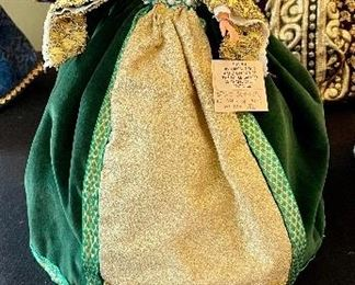 Lot 8361. $200.00.  Lot of 11 hand-dressed English dolls made at 'The Little Gallery', Penzance.  Included are: Edward VI, Sir Walter Raleigh, Henry VIII, and the following wives of Henry VIII; Anne Boleyn II wife of Henry, Anne of Cleves 4th wife of Henry, Catherine of Aragon, daughter of King Henry VIII, Jane Seymore 3rd wife of Henry,  and the doll in the pink, dubbed Queen of hearts by HenryVIII. The dolls are no doubt Barbie's, however the costumes are period true and are truly amazing.  Lot 8361. $200.00.  Lot of 11 hand-dressed English dolls made at 'The Little Gallery', Penzance.  Included are: Edward VI, Sir Walter Raleigh, Henry VIII, and the following wives of Henry VIII; Anne Boleyn II wife of Henry, Anne of Cleves 4th wife of Henry, Catherine of Aragon, daughter of King Henry VIII, Jane Seymore 3rd wife of Henry,  and the doll in the pink, dubbed Queen of hearts by HenryVIII. The dolls are no doubt Barbie's, however the costumes are period true and are truly amazing.