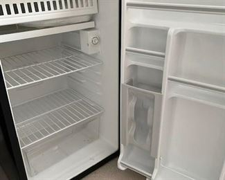 Small apartment/ dorm size fridge