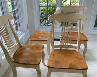 Chairs are in like-new condition