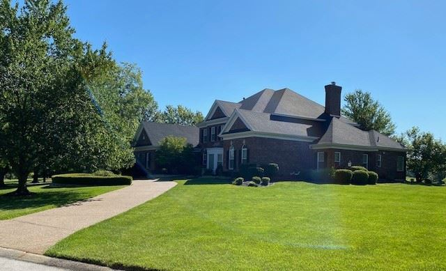 490 Rosslare Drive  St. Charles, MO  63304