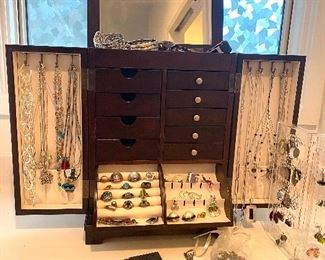 Great jewelry selections