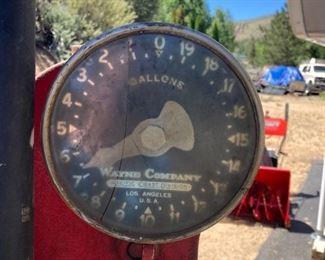 Wayne Company antique gas pump
