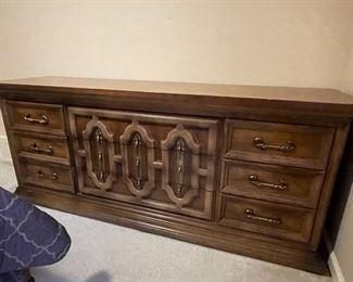 Dresser (has mirror)