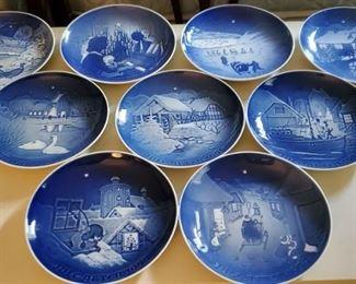 012 Vtg 1970s Bing Grndahl Christmas Porcelain Dishes