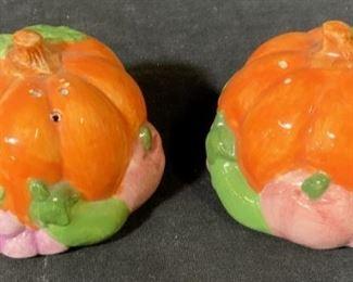 Pair Ceramic Pumpkin Salt & Pepper Shakers