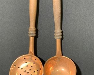 Pr Collectible Copper And Wood Vintage Serverware