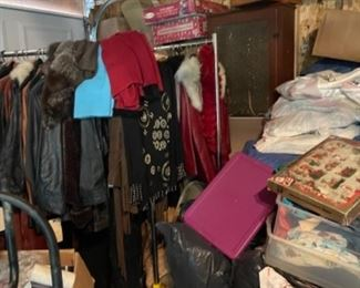 Antique and vintage women's clothing