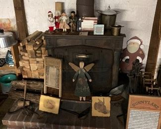 Firewood, washboard, fireplace tools in stand, Figurines and wooden Santa