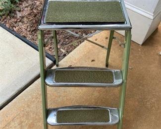 Vintage Beautyware Stepladder