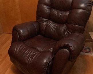 Very nice, great condition leather swivel rocker recliner $160
