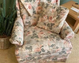 """Floral Swivel Rocking Chair Good condition.  32"""" across x 28"""" deep x 17"""" tall to seat, 32"""" tall to back. Pickup in Bellaire. Must be able to move & load yourself."""