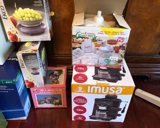 kitchen items new in box