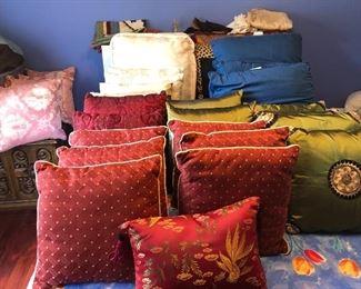 linens - silk throw pillows