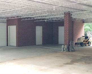 Double Carport Utility Room