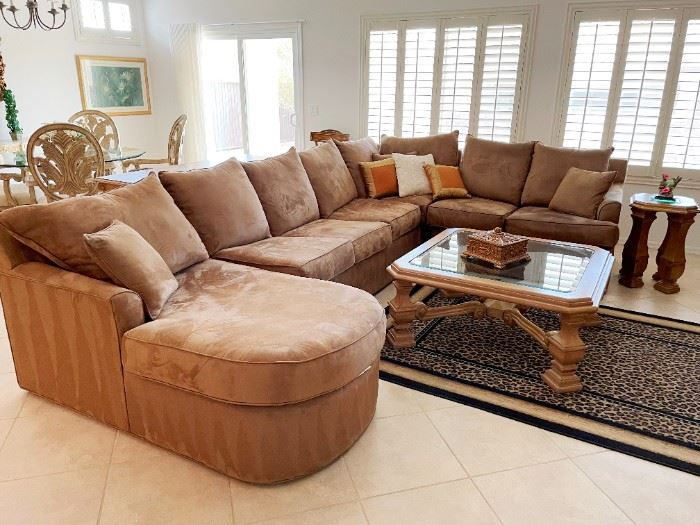 Large cocoa microsuede sectional, super clean!