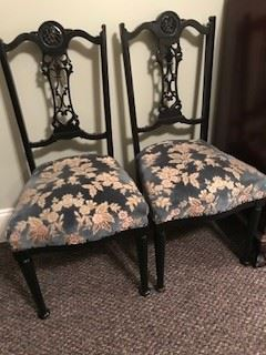 Set of 4 Gothic black chairs