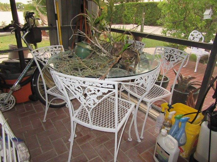 sasseville white iron tables and chairs
