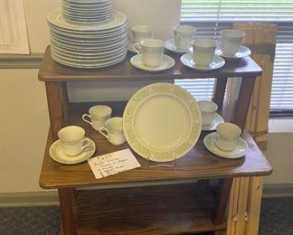 Service for 8 Dinnerware plus extra plates