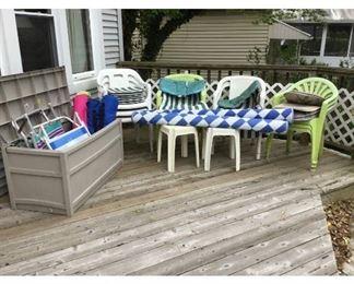10 Beach  Resin Chairs