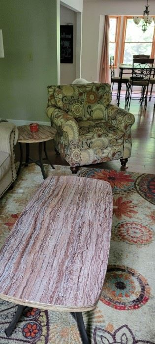 Chair coffe table and rug