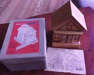 Amazing Puzzle Box, Complete with Key, Is not musical