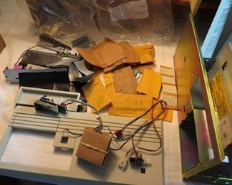 HEATHKIT H-5100 COMPUTER 1990 SILENT AUCTION ITEM. STARTING BID $50 PART BUILT BELIEVE FROM FACTORY. MORE PICS AVAILABLE
