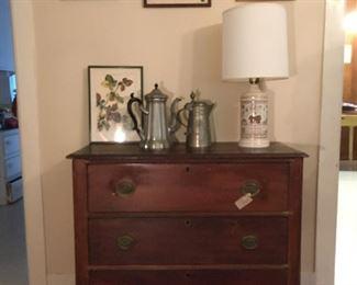 Pewter decanters, many vintage lamps. Framed prints.