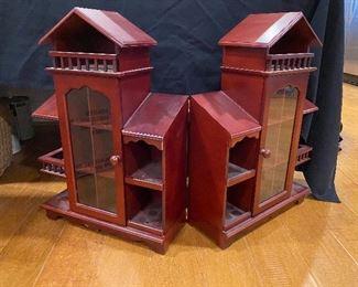 Hinged dollhouse/display