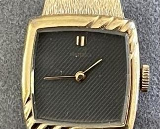 Vintage Women's Seiko Gold & Black Face Watch SGP Back St Steel 741049