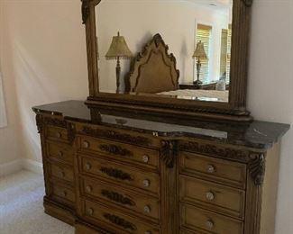 Dresser with mirror!