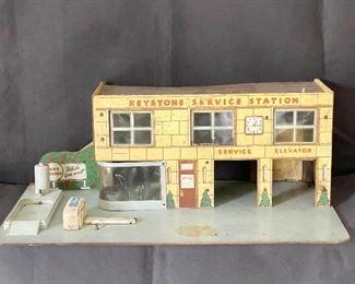 """Keystone"" Service Station, see additional photos. $60"