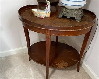 Sweet mahogany side table with inlaid detail