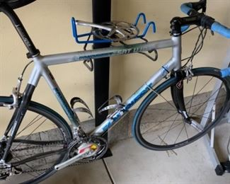 Fondriest SAT U 107 frame with Campagnolo Record components - seat tube length 59cm